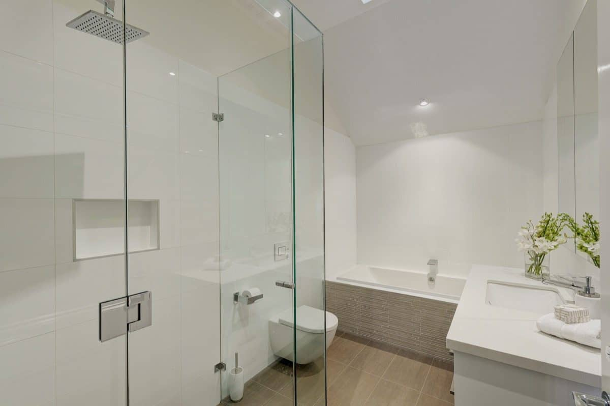 Bathroom frameless shower screen